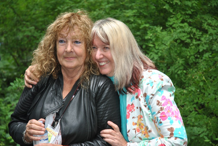 Maddy Prior and Maggie Bell
